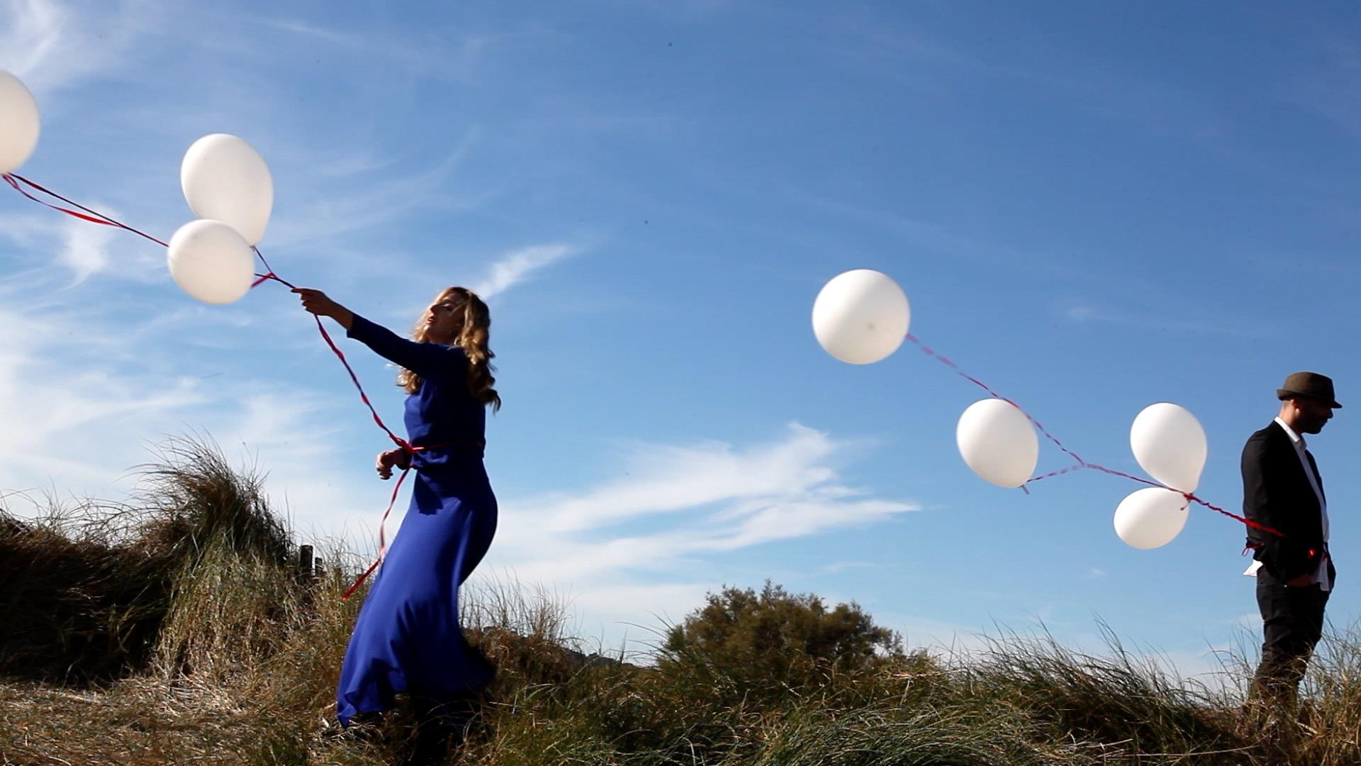clip sunny day Music Video – Looking for Emma – Ned- Musique -Viviane Riberaigua Realisateur Director 5