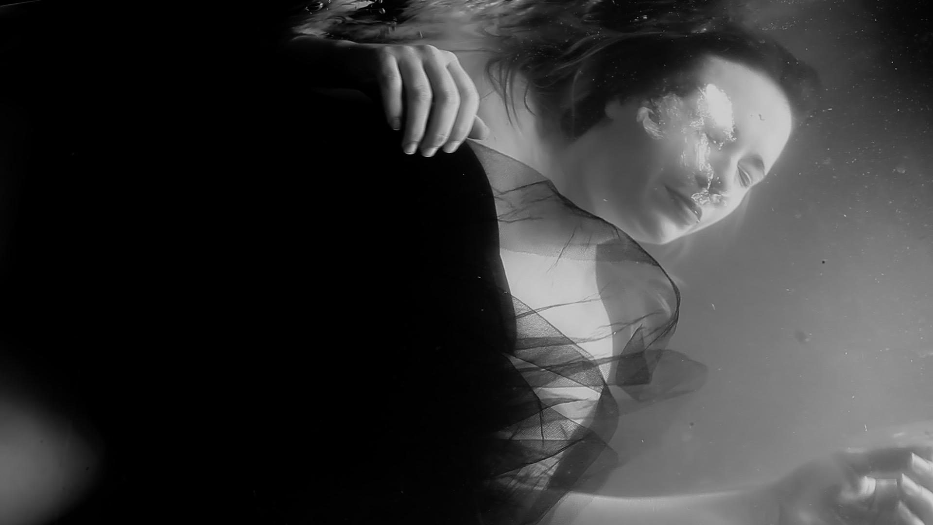 Fever-Milo-Joki-Tournage-clip-vidéo-paca-Var-realisateur-Riberaigua-Rhizome-Juice-producteur-43