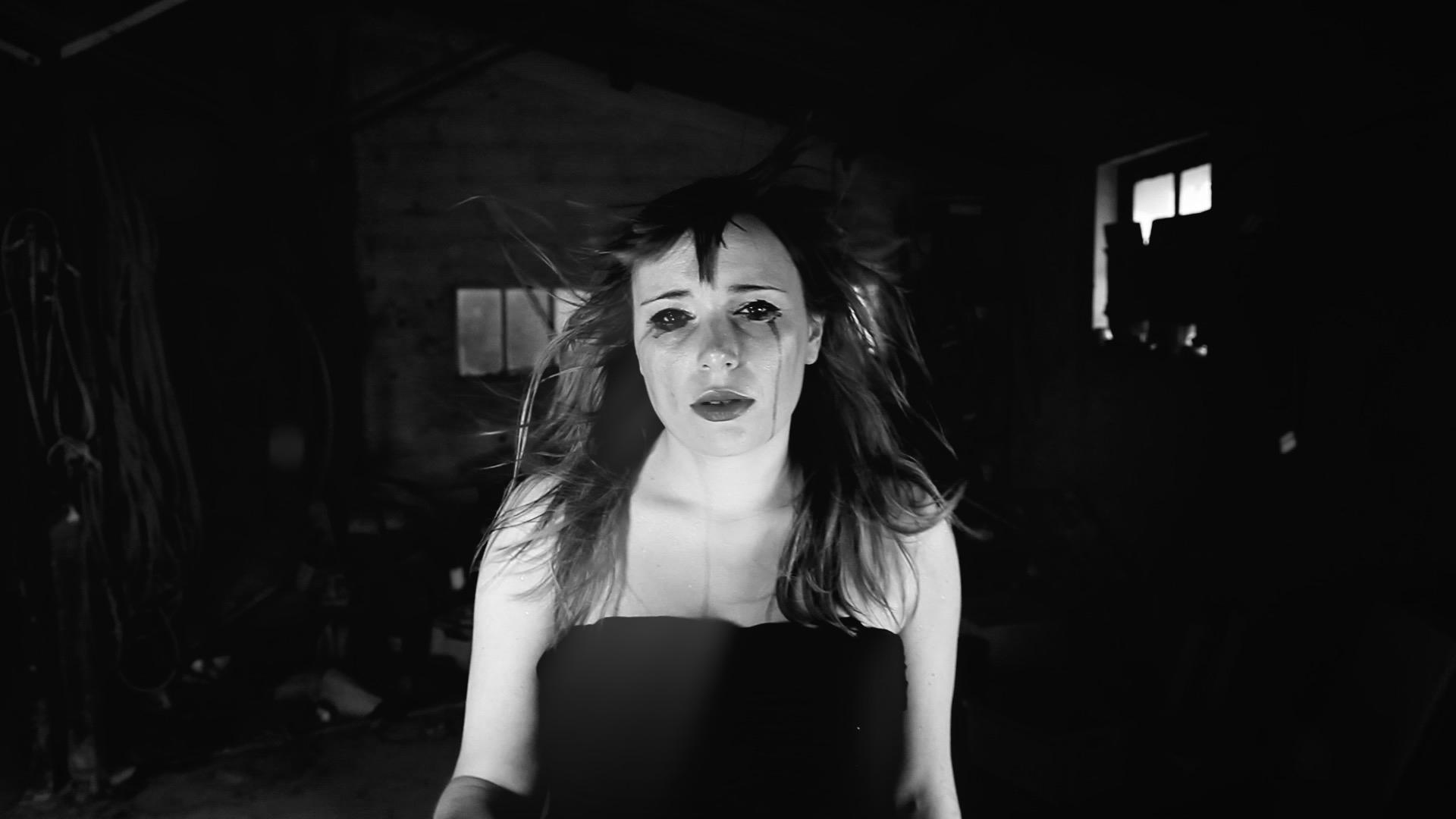Fever-Milo-Joki-Tournage-clip-vidéo-paca-Var-realisateur-Riberaigua-producteur-realisateur clip musique