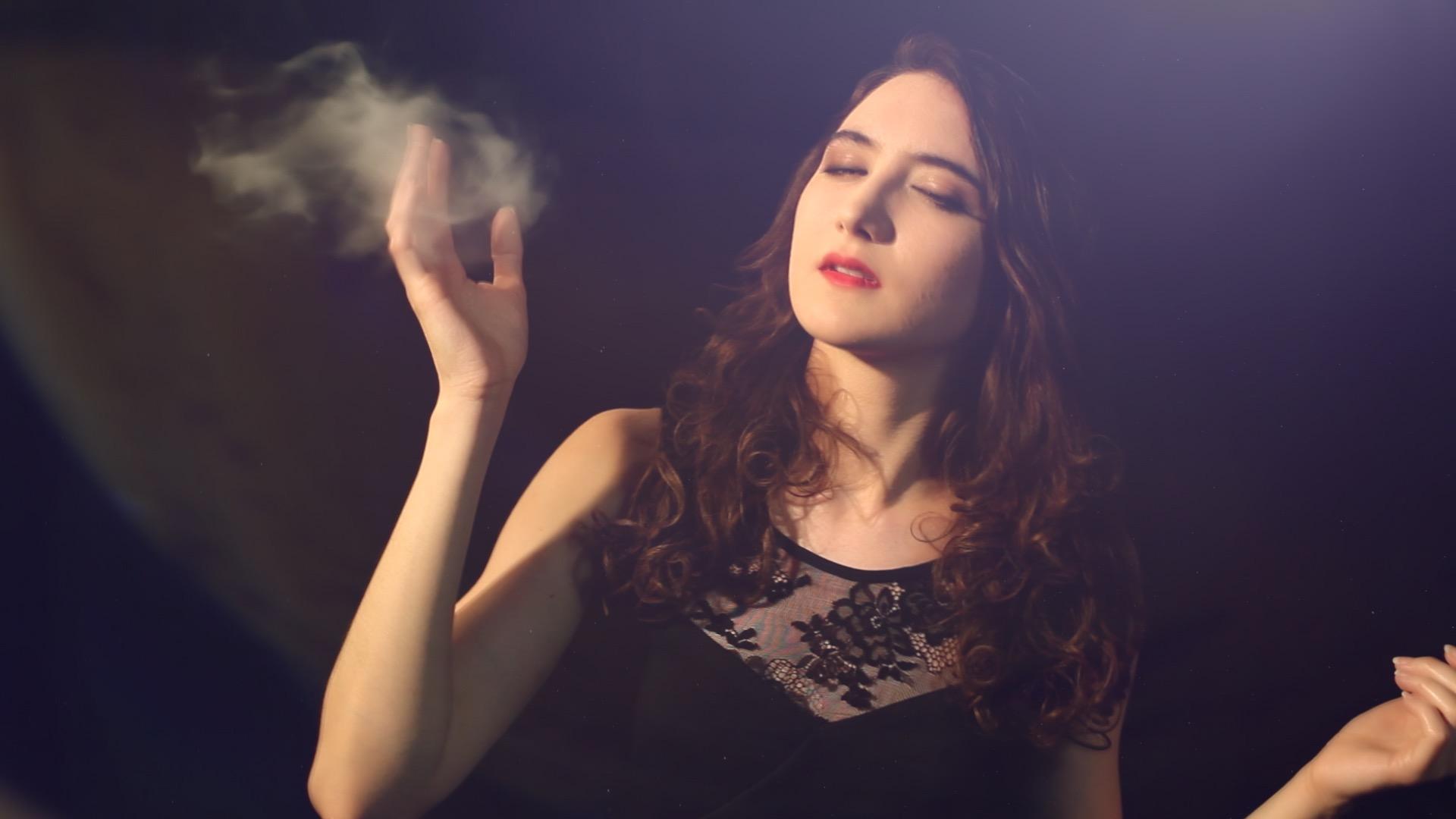 clip – Juste en rêvant – Manon Novak -viviane -riberaigua -realisateur2 music video director